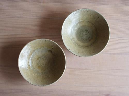 長谷川奈津さんの四寸皿、四寸鉢。_a0026127_1541408.jpg