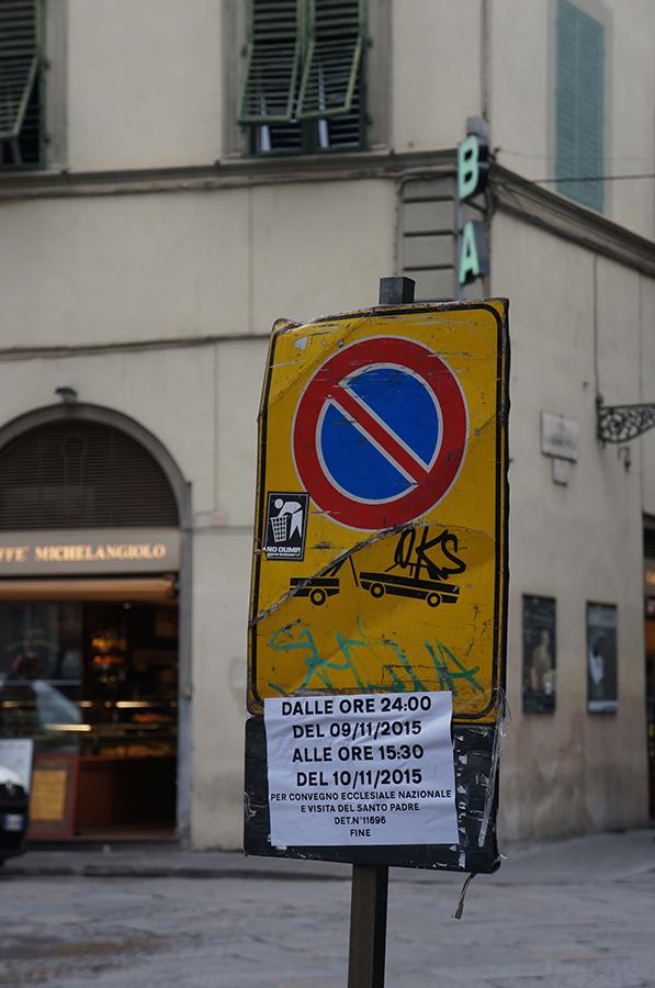 ローマ法王でフィレンツェはてんやわんや_f0106597_20310009.jpg