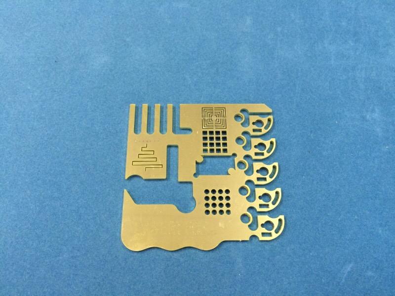 真鍮のレーザー切断_d0085634_15402731.jpg