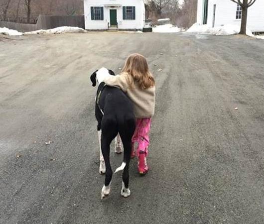 難病と闘う11歳の少女、ベラちゃんと犬のジョージ_b0007805_10323884.jpg