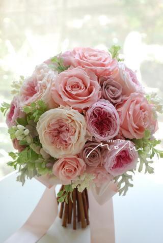 ピンクローズを束ねたブーケ ロマンティックに!_a0136507_22443030.jpg