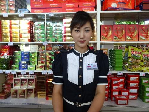 お土産屋めぐり?☆北朝鮮ツアー2015_e0182138_1327462.jpg
