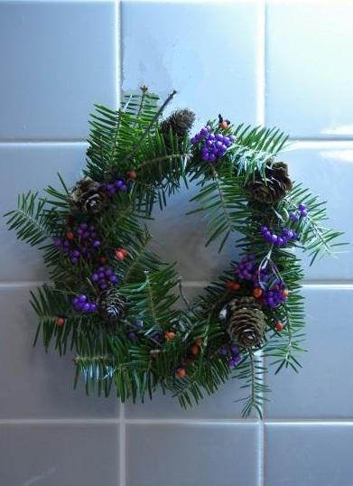 一足早くクリスマスリース_c0341450_20262477.jpg