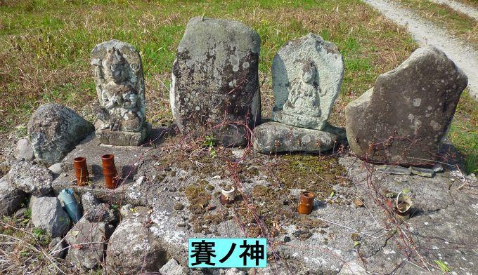 大山道を歩く(尾高道)_b0156456_1893385.jpg