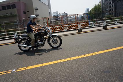 しば待ち from 夏の並木橋_f0203027_14375163.jpg