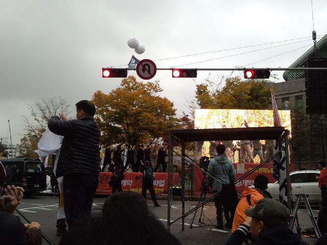 11月14日、韓国民主労総全国大会_d0155415_15242118.jpg