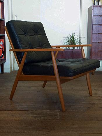 easy chair_c0139773_16322789.jpg