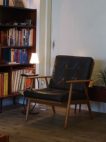 easy chair_c0139773_1632961.jpg