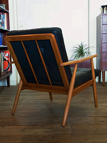 easy chair_c0139773_16331489.jpg