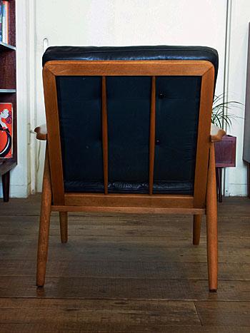 easy chair_c0139773_1633236.jpg