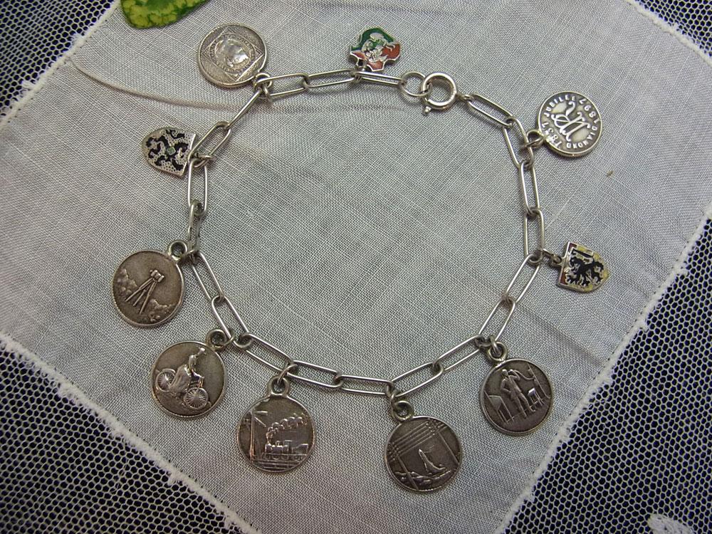ヴィクトリア女王・ダイアモンドジュビリー記念メダル・ブレスレット_d0127182_16222121.jpg