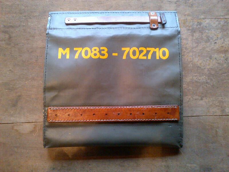 The cake-carry bag_f0236789_2273992.jpg