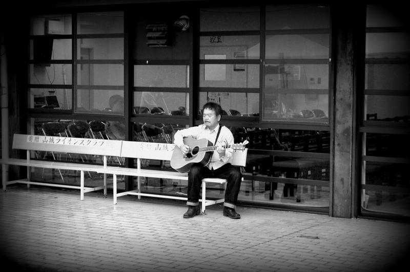 我夢土下座フィールドフォークコンサート in わづか_c0057390_21541061.jpg