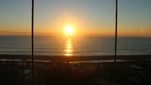 日立駅から昇る太陽のルクス(lux)・・・その1_c0075701_658121.jpg