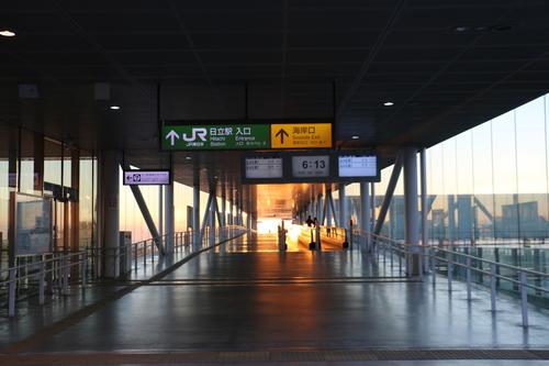 日立駅から昇る太陽のルクス(lux)・・・その1_c0075701_659041.jpg