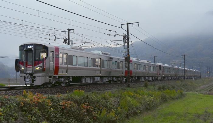 227系S14・15・A31編成新製出場_a0251146_20513632.jpg