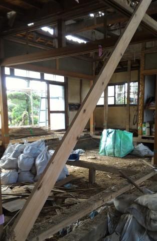 スケルトン 解体工事│杉戸の耐震リフォーム_b0274159_08220534.jpg