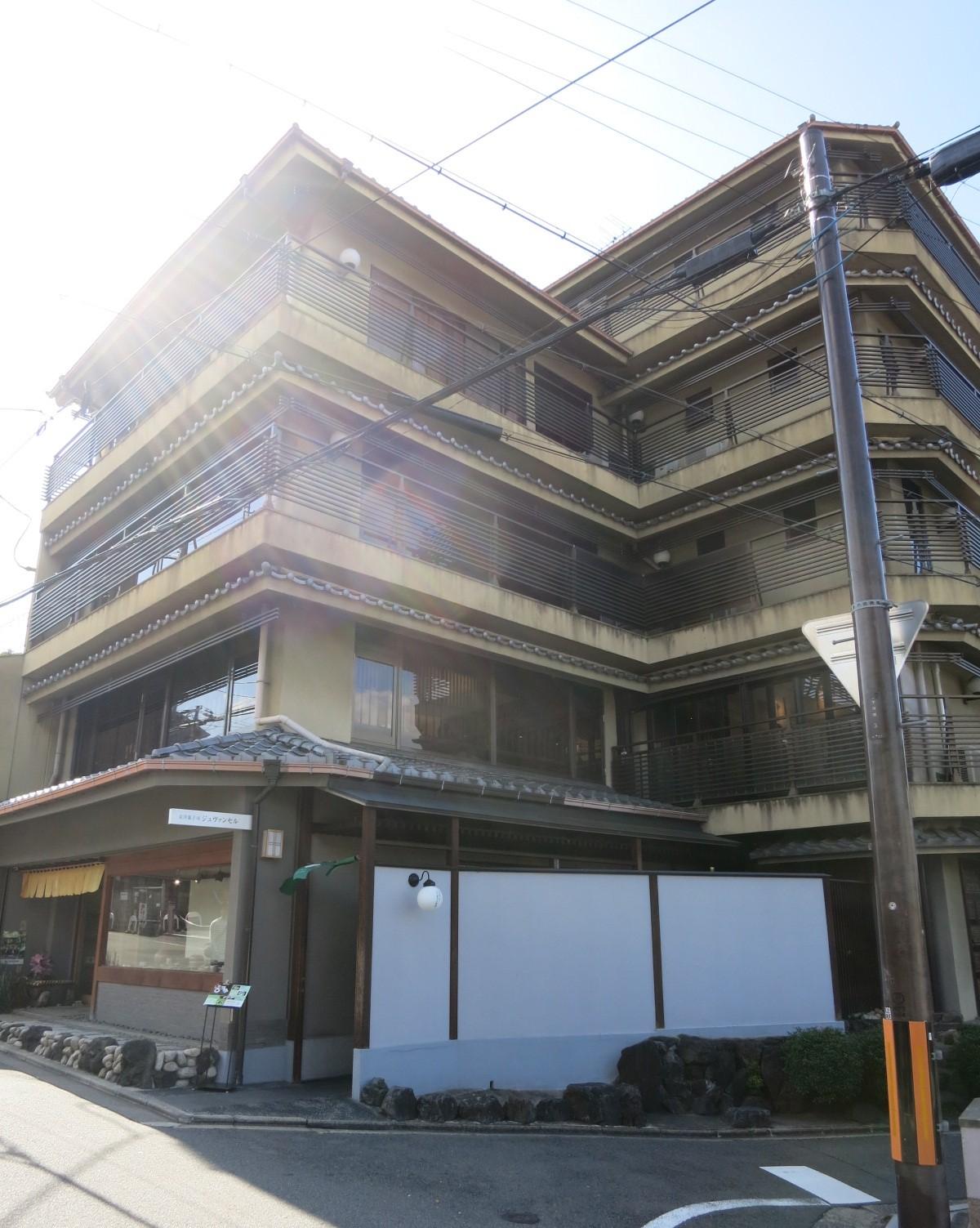 京都で朝活③ 京洋菓子司ジュヴァンセル*スイーツカフェ_f0236260_1385833.jpg