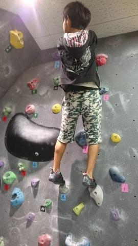 息子たちと、壁登りに行ってきました~!(^o^)/_d0191262_20461013.jpg