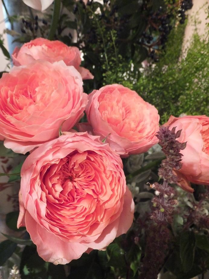 オークリーフ花の教室(石川さんの作品)_f0049672_17422048.jpg