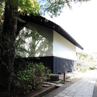 東慶寺の腰壁_c0195909_13575751.jpg