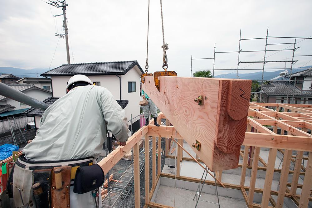 伝統ある町並みに建てる風格ある木造邸宅(1)_a0163962_1653312.jpg