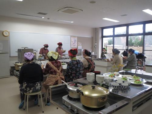 健康サロン「家庭でできる調理実習」_a0158095_1740432.jpg