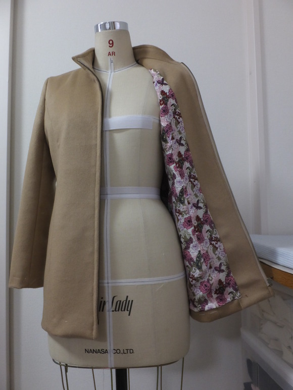 ピュアカシミアのジャケット完成_f0218996_1840530.jpg