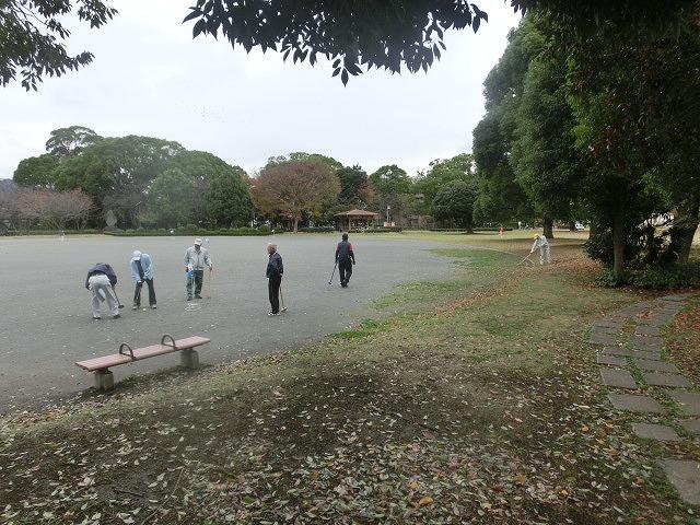 米の宮公園で被爆二世「アオギリ」の苗木の記念植樹_f0141310_7215731.jpg