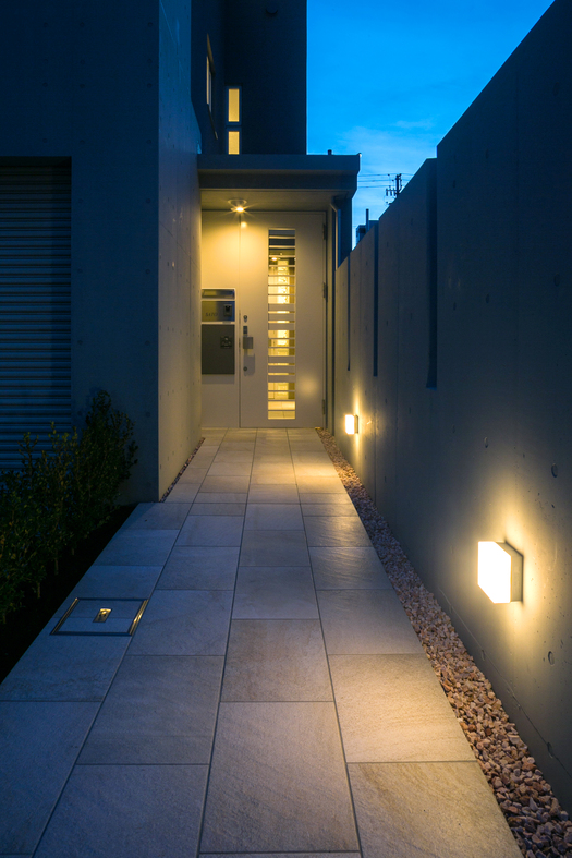WHITE SELECT HOUSE_a0136514_14414438.jpg