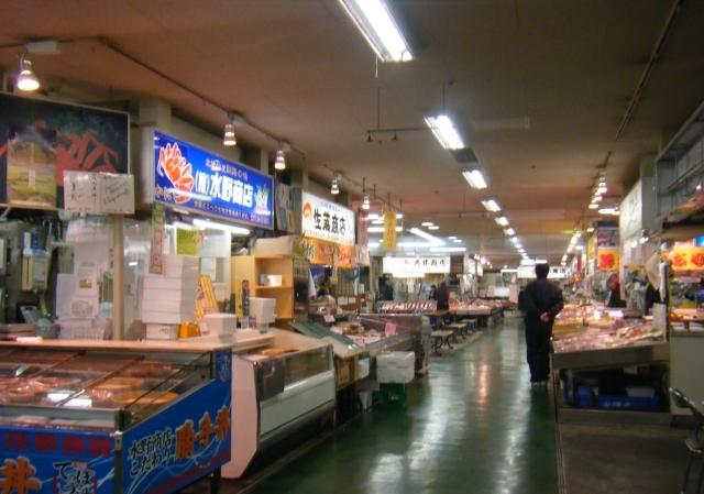 市場の食堂へ変更_e0347725_17481335.jpg