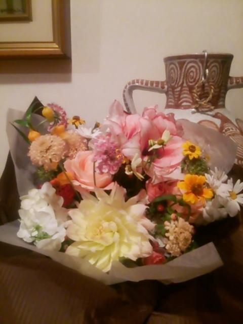 新郎新婦様からのメール パークハイアット東京様へ 挙式日翌日、ブーケとご両親への贈呈花 _a0042928_1643368.jpg