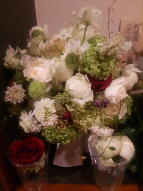 新郎新婦様からのメール パークハイアット東京様へ 挙式日翌日、ブーケとご両親への贈呈花 _a0042928_1644365.jpg