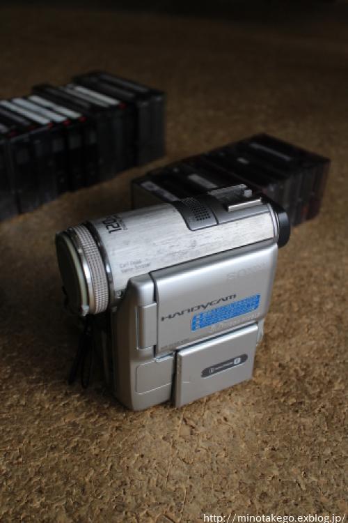 生活を小さくしていく ~映像機器とテープの縮小化~_e0343145_23033319.jpg