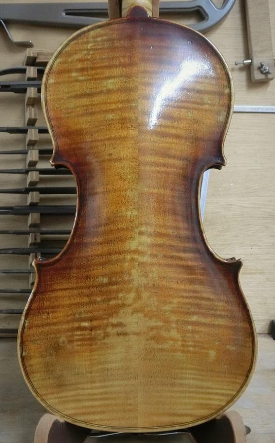 バイオリン入荷_d0299605_23412078.jpg