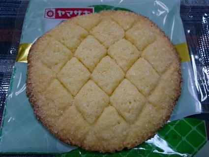 山崎製パン メロンパンの皮焼いちゃいました2_b0042308_1712591.jpg