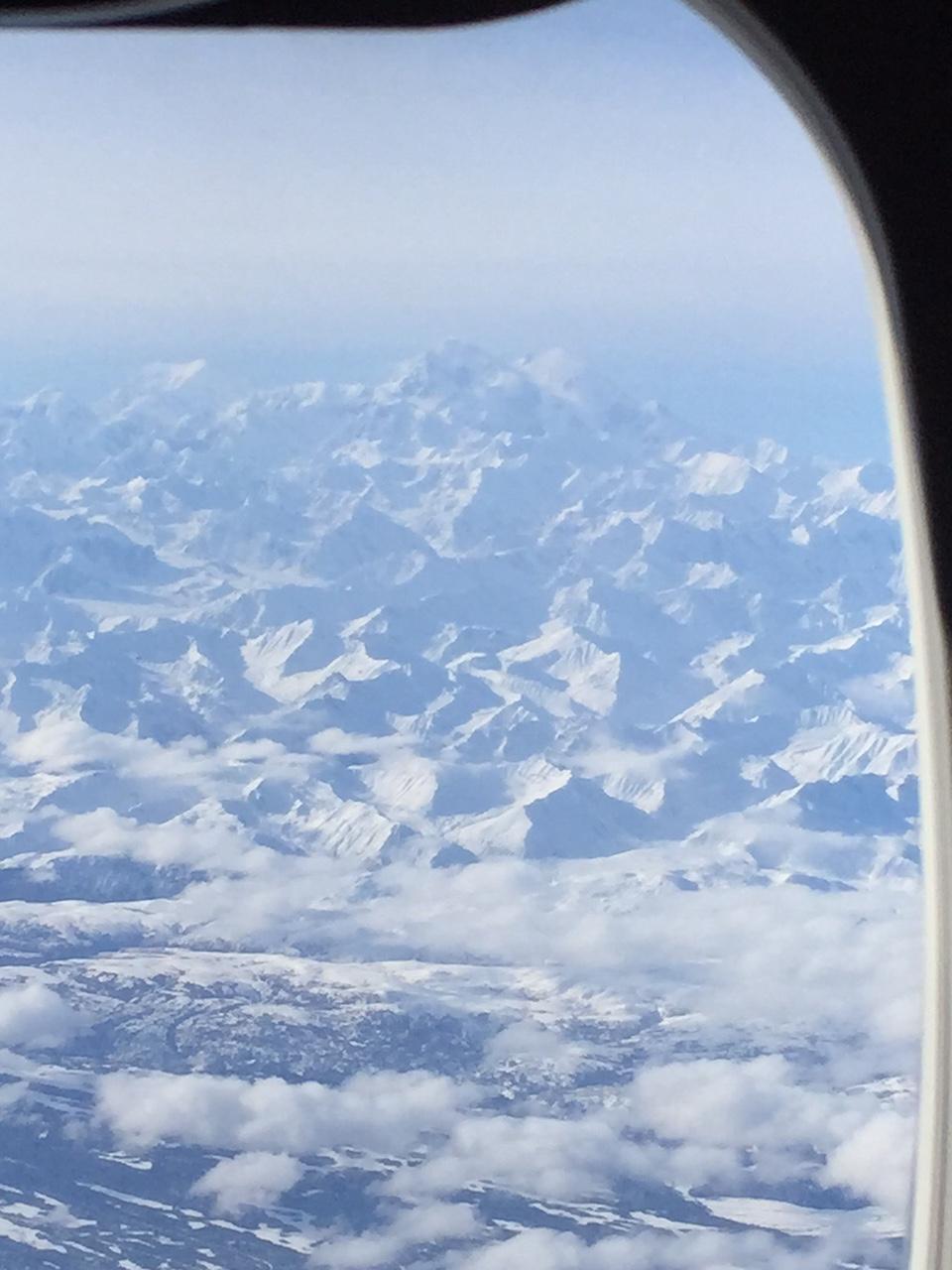 アラスカ山脈_b0135948_1117930.jpg