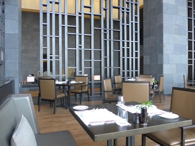 大手町「ザ・レストラン by アマン」へ行く。_f0232060_13232867.jpg