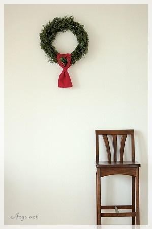 シンプルなクリスマスリース_c0243369_1645799.jpg