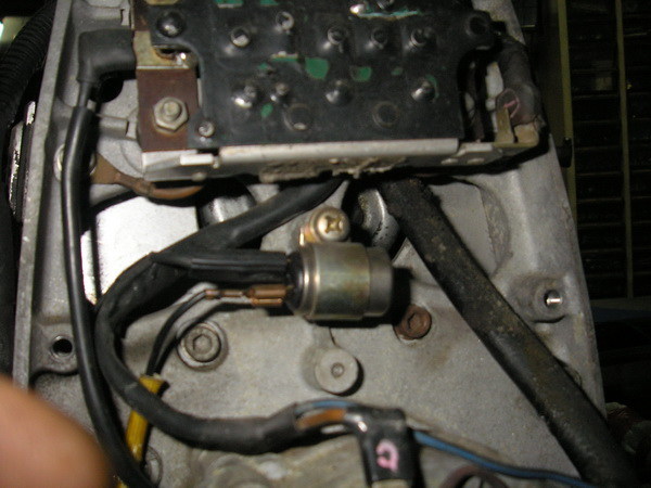 BMW 旧Rtype (オカメ)の中 電装の交換_e0218639_1055308.jpg