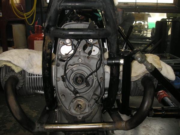 BMW 旧Rtype (オカメ)の中 電装の交換_e0218639_10564119.jpg