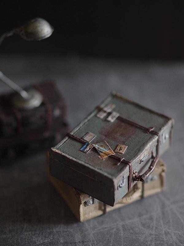 miniature* トランクと、塗り絵。_e0172847_12050576.jpg