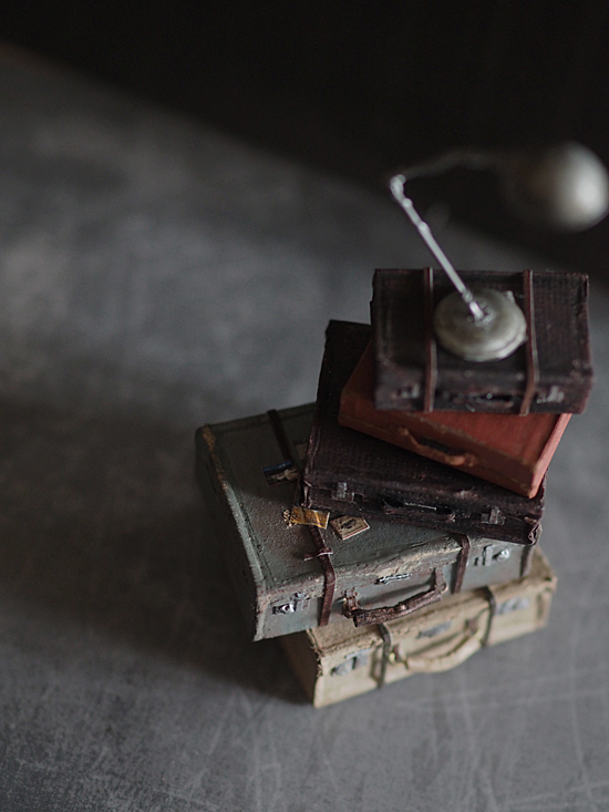 miniature* トランクと、塗り絵。_e0172847_12050780.jpg