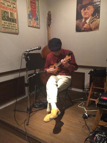 色々なスタイルのソロギターリストの名演!!_d0225380_11250068.jpg