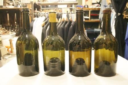 2015 OCT ヨーロッパ後記21(入荷 19世紀ワインボトル、ソーダボトル、ビン)_f0180307_03060920.jpg