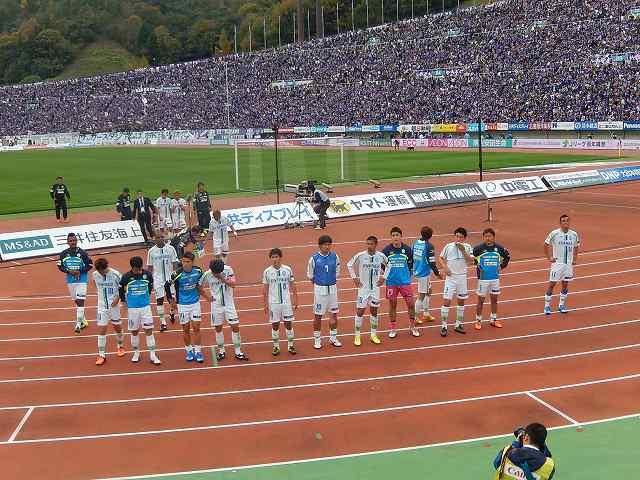 広島vs湘南@エディオンスタジアム広島(参戦)_b0000829_919784.jpg