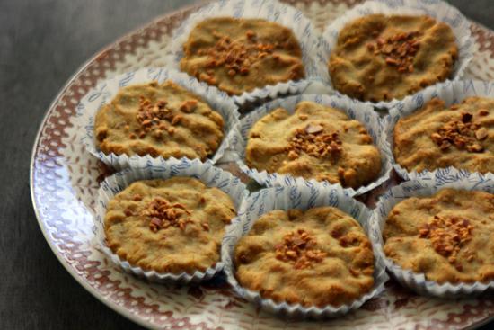 今日のおやつ 安納芋の米粉の焼きケーキ_a0303951_1020191.jpg