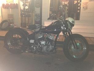 昨日のバイク!!_f0194657_19183753.jpg