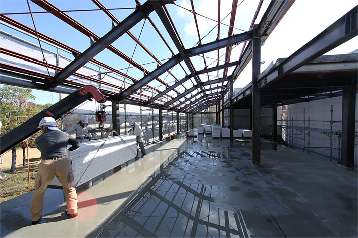 K幼稚園の増築工事が上棟しました。_a0212380_11303277.jpg