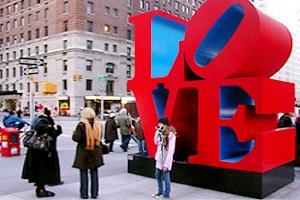 NYの街角には、希望(HOPE)と愛(LOVE)がある_b0007805_0375513.jpg